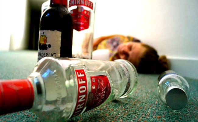 Alcohol Poisoning - Cause, Effect And Assistance